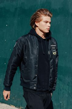 Street look à la Fashion Week homme de New York : Jordan Barrett