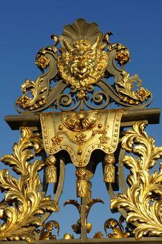 Hampton Court Palace Gate