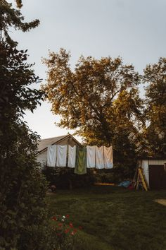 Best Portable Clotheslines to Hang Laundry - Decorology
