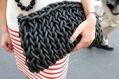 свитер из ленточной пряжи спагетти: 13 тыс изображений найдено в Яндекс.Картинках