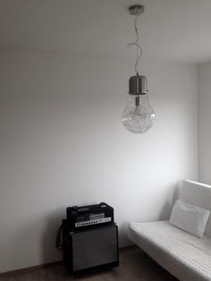 Light inspired by classic incandescent light bulb.
