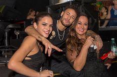 will never happen in my dreams though Neymar Family, Neymar Jr, My Dream, Celebs, Shit Happens, Dreams, Baby, Football Soccer, Celebrities