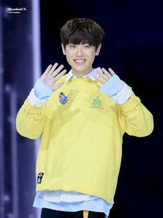 Produce 101, Boyfriend Material, Rain Jacket, Windbreaker, It Cast, Kpop, Boys, Cute, Mens Tops