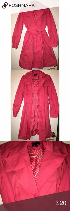 🔴CLEARANCE🔴H&M Trench Coat H&M Trench Coat - almost new, wrinkled from being in storage. Amazing color!! Offers are welcomed!! 🤗🤗🤗 H&M Jackets & Coats Trench Coats