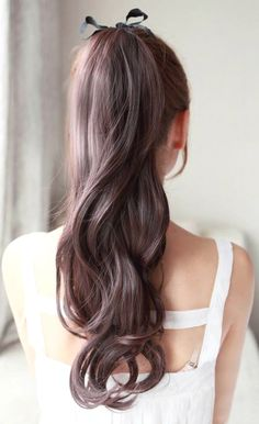 wanna give your hair a new look ? Ponytail Hairstyles is a good choice for you. Here you will find some super sexy Ponytail Hairstyles , Find the best one for you, Luxy Hair, Wavy Ponytail, Perfect Ponytail, Bridal Ponytail, Elegant Ponytail, Bridal Hair, Long Ponytails, Hair Wedding, Brown Hair In A Ponytail