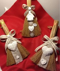 idea for chalk Perfume, Xmas, Christmas Diy, Scrapbook Embellishments, Easter, Ornaments, Diy Crafts, Handmade, Holidays Halloween