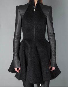 black coat ~ Gareth Pugh | UpscaleHype