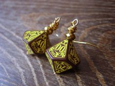 steampunk dice earrings dice jewelry dnd by MageStudio Dungeons And Dragons Dice, Dragon Dies, Steampunk, Cufflinks, Trending Outfits, Unique Jewelry, Handmade Gifts, Board Games, Earrings