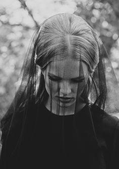 lelaid: Anna Ewers by Andrea D'Aquino for Quality, September 2012 Dark Portrait, Anna Ewers, Six Feet Under, Black Veil, Monochrom, Dark Beauty, Back To Black, Black And White Photography, Dark Photography