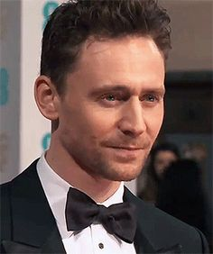 Tom Hiddleston at the EE British Academy Film Awards. (Via Don't be Afraid of Your Passion)