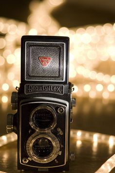 Would love to start collecting vintage cameras. So much history to them.