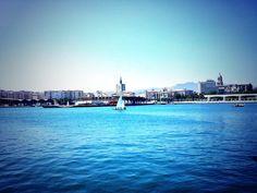 Estupenda jornada de vela en el Puerto de Málaga. @Aytoynq pic.twitter.com/rr6ICtcShG