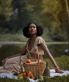 """(1) 𝗧𝐢𝐱𝐲 on Twitter: """"Black women in typically very white-washed aesthetics/styles; a thread."""" / Twitter"""