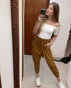 32 Perfect Teenage Fashion Boots, outfits style summer teenage frauen sommer for teens outfits Dresses For Teens, Outfits For Teens, Trendy Outfits, Cool Outfits, Summer Outfits, Summer Clothes, Beautiful Outfits, Fashion 2020, Teen Fashion