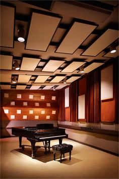 Eastwest Recording Studio in Hollywood, Ca has had millions of amazing artists grace its halls. #FrankSinatra and #ElvisPresley are two huge ones.