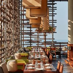 Omnia Dayclub Bali, a remarkable awesome hotel that will bring the visitor a feeling that they are flying high to the sky. Alila Villas Uluwatu, Rockwell Group, Times Square New York, Tropical Architecture, Luxury Restaurant, Wood Chandelier, Japanese Aesthetic, Grand Staircase, Great View
