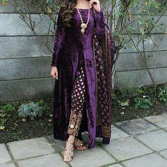 Best Kimono Design for Your Formal Occasion 20 Kurta Designs, Kurti Designs Party Wear, Pakistani Dress Design, Pakistani Outfits, Indian Outfits, Velvet Pakistani Dress, Indian Designer Outfits, Designer Dresses, Ethnic Fashion