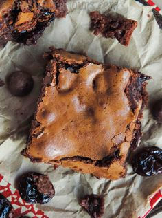 Chocolate Cherry Chunk Brownies: Chewy, fudgy from scratch brownies studded with plump dried cherries and Nestle TollHouse DelightFulls filled chocolate morsels. A chocolate cherry dream!