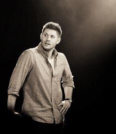 Jensen @  #JIBcon2014 #JensenAckles #SPN