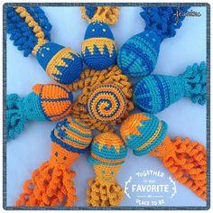 Deze inktvisjes zijn gemaakt door Janine Lavor. Preemie Octopus, Crochet Necklace, Beaded Necklace, Diy And Crafts, Crafty, Octopus, Amigurumi, Bebe, Toys