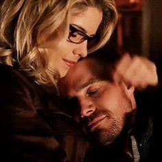 Oliver Queen & Felicity Smoak 💎