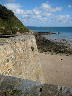 FERMAIN BAY is situated on the east coast of Guernsey. Is a small, sandy cove featuring pebbles and sand in a picturesque setting. There is a sense of having made your own discovery at Fermain Bay, and is perfect for relaxing in its secluding spot. There is a beachfront cafe.