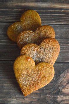GALLETAS DE DÁTILES | Con Harina en Mis Zapatos Sugar Free Desserts, Mini Desserts, Delicious Desserts, Yummy Food, Brownie Cookies, Cupcake Cookies, Sugar Cookies, Dairy Free Recipes, Baking Recipes