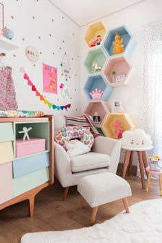 Storage toddler rooms, baby rooms, little girl rooms, baby bedroom, kids be Baby Bedroom, Baby Room Decor, Bedroom Decor Kids, Baby Rooms, Kids Bedroom Paint, Cool Room Decor, Girl Bedroom Walls, Kid Decor, Kids Wall Decor