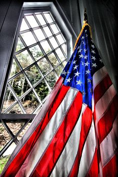 Proud to be an American and honored to know what this flag stands for.freedom, bravery, hope and the belief that all men are created equal! I Love America, God Bless America, American Pride, American Flag, In The Midnight Hour, A Lovely Journey, Church Windows, Star Spangled Banner, Sea To Shining Sea