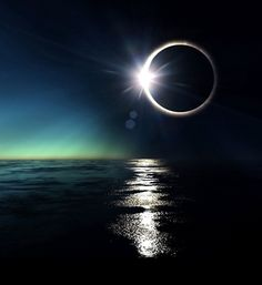 Waterworld Eclipse in slightly visible stars! High Altitude Exoplanet Eclipse: [link] Eclipse [link] High Altitude Eclipse: [link] The Grand Eclip. Solar Eclipse 2017, Lunar Eclipse, Eclipse 2015, Eclipse Images, Eclipse Photos, Tres Belle Photo, Shoot The Moon, Total Eclipse, Beautiful Moon