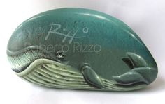 From artist Roberto Rizzo. He seems quite tired to me. Perhaps he just flossed. Pebble Painting, Pebble Art, Stone Painting, Rock Painting, Fish Rocks, Pet Rocks, Creative Arts Therapy, Rock And Pebbles, Rock Collection
