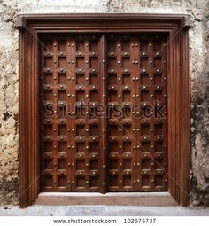 Are you looking for the best wooden doors for your home that suits perfectly? Then come and see our new content Wooden Main Door Design Ideas. Room Door Design, Door Design Interior, Antique Doors, Old Doors, House Main Door, House Doors, Wooden Front Door Design, Indian Doors, Wooden Front Doors