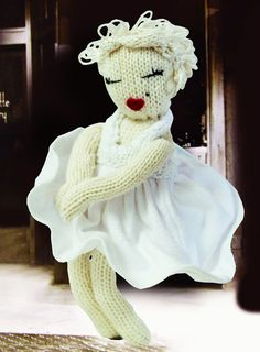 Knitted Marilyn Monroe Doll (Free Pattern) from Knitted Icons [Paperback] by Carol Meldrum
