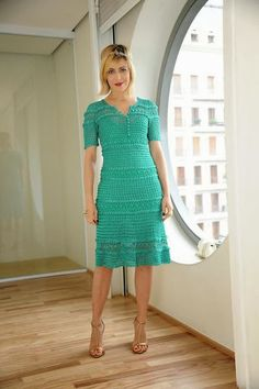 crochelinhasagulhas: Vestido verde de crochê by Giovana Dias
