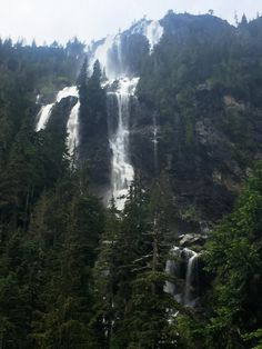 Della Falls on Vancouver Island. Arguably the tallest waterfall in Canada. Summer Nature Photography, Hiking Photography, Camping World, Camping Life, Rv Camping, Camping Trailers, Backpacking Canada, Backpacking Gear, Victoria Island