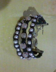 MARLY THIBES: braceletes macrame