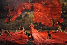 Aida, by / selon Hugo de Ana