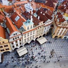 Don't you just love European old towns? (This is Prague by the way - who's been?) #prague #oldtowns