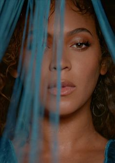 Beyonce, Disney Plus, Queen B, That Look, Pearl Earrings, Black, Humor Videos, Funny Humor, Don't Worry