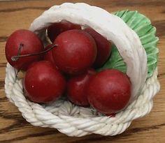 VINTAGE CAPODIMONTE CHERRY RED CHERRIES WHITE WOVEN PORCELAIN BASKET ITALY