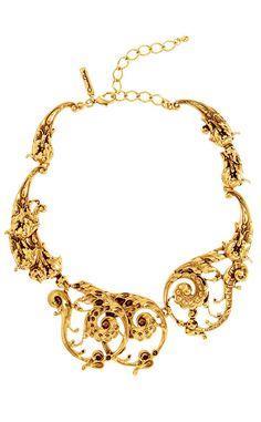 Shopping novias vestido arquitectonico y barroco: collar de Oscar de la Renta