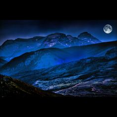 """coiour-my-world: """"Dreamland by """" Beautiful Moon, Beautiful World, Dreamland, Ciel Nocturne, Shoot The Moon, Moon Pictures, Moon Pics, Moon Magic, Mystique"""