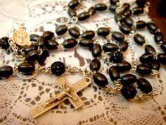 Rosary フランスアンティーク樹脂か木珠ロザリオ十字架キリスト教B インテリア 雑貨 家具 Antique ¥3200yen 〆07月31日
