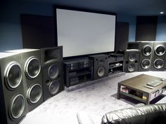 5 Kick-Ass Battlestations for Gamers.... pretty  sure the bass from this room would knock you right out of your seat!
