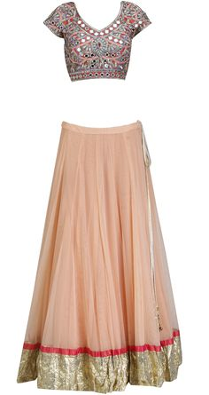 Nude peach and mauve mirror work lehenga by ARPITA MEHTA. Shop at https://www.perniaspopupshop.com/whats-new/arpita-mehta-5215