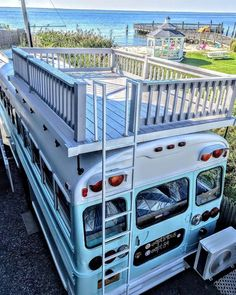 converted school bus camper with roof terrace # roof terrace # school bus # school bus # converted # camper Informations About umgebauten Schulbus Wohnmobil mit Dachterrasse Pin You can easily use my