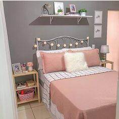Cute Bedroom Decor, Bedroom Decor For Teen Girls, Girl Bedroom Designs, Room Ideas Bedroom, Small Room Bedroom, Small Room Design, Home Room Design, Aesthetic Room Decor, Manly Living Room