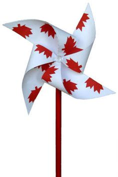 DIY Canada Day Pinwheel Craft with printabe template Canada Day 150, Canada Day Party, Happy Canada Day, Canada Canada, Toronto Canada, Art For Kids, Crafts For Kids, Arts And Crafts, Diy Crafts