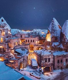 Sultan Cave Suites Hotel Kapadokya - Goreme, Turkey - Which City to Travel Hotel Istanbul, Places To Travel, Places To Go, Turkey Destinations, Capadocia, Hotel Secrets, Turkey Photos, Cappadocia Turkey, Cappadocia Balloon
