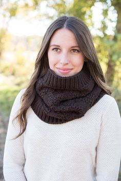 knit cowl, knit hooded scarf, knit hood, chunky knit cowl, wool knit cowl, cowl scarf, knitted loop scarf, knitted cowl, blue knit cowl